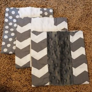 Lot of 3 grey and white burp cloths